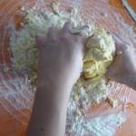3. Udnieść ciasto
