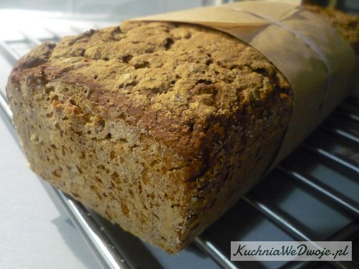 065 Chleb wieloziarnisty zotrębami[KuchniaWeDwoje.pl]