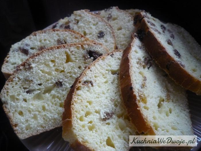 080 Ciasto drożdzowe zrodzynkami [KuchniaWeDwoje.pl]
