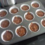 4. Przełożyć ciasto doforemek namuffinki