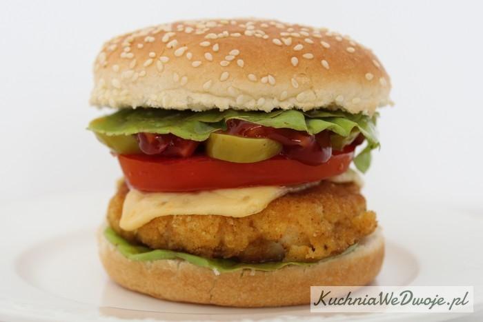 115 Kurczak burger [KuchniaWeDwoje.pl]