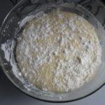 4. Ciasto odstawić dowyrośniecia