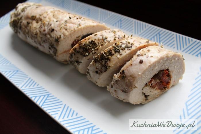 138-rolada-z-indyka-z-mozzarella-i-suszonymi-pomidorami-kuchniawedwoje-pl