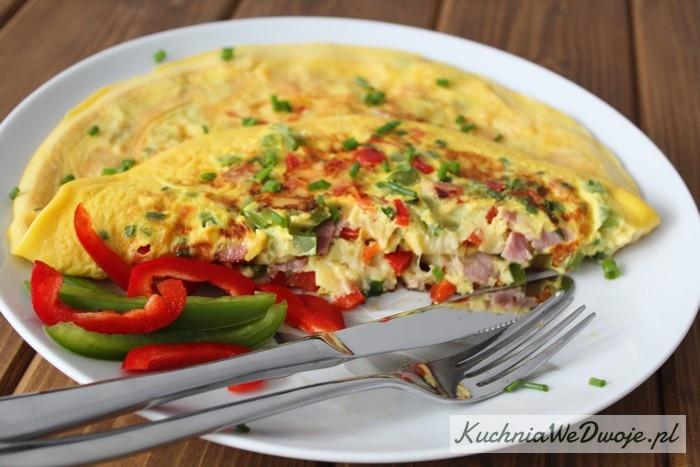 161-omlet-na-slono-z-papryka-i-szynka-szablon-kuchniawedwoje-pl-3