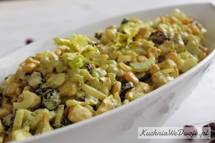 173-salatka-z-indykiem-selerem-naciowym-i-zurawina-kuchniawedwoje-pl-2