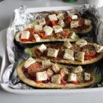 7. Ułożyć pomidorki iser orazposypać przyprawami