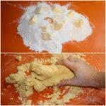 4. Wyrobić ciasto