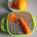 1. Zetrzeć marchew ipomarańcze