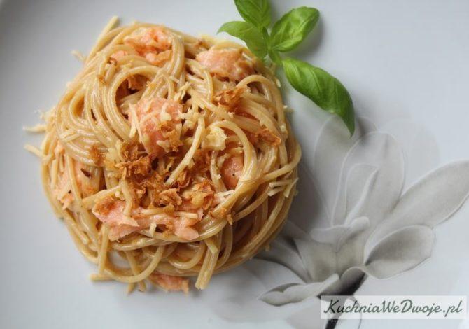 426 Spaghetti carbonara z lososiem KuchniaWeDwoje_pl 2