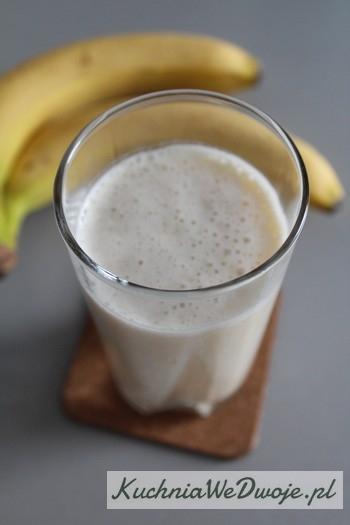 023 Mleko bananowe [KuchniaWeDwoje.pl]