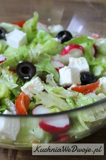 039 Sałatka grecka [KuchniaWeDwoje.pl]
