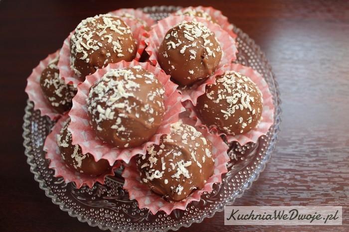 103 Trufle czekoladowe zżelkami ibiałą czekoladą[KuchniaWeDwoje.pl]