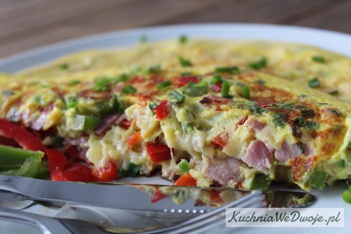 161-omlet-na-slono-z-papryka-i-szynka-szablon-kuchniawedwoje-pl