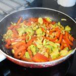 6. Podsmażyć warzywa