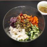 2. Pokroić warzywa iser