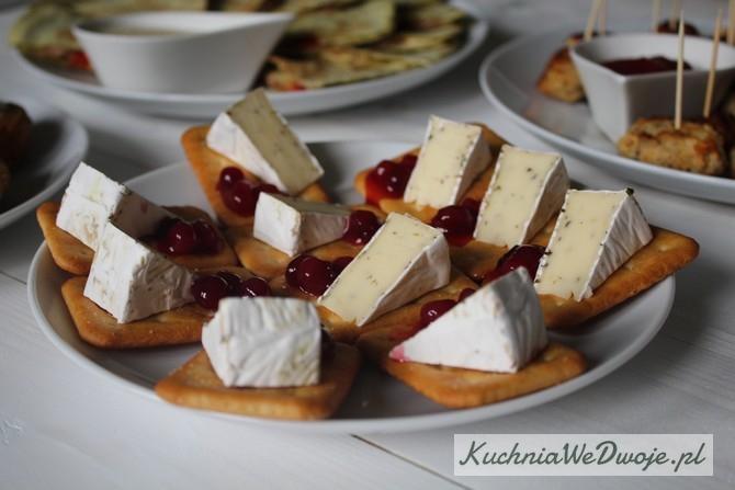 392 Camembert nakrakersach zzurawina KuchniaWeDwoje_PL